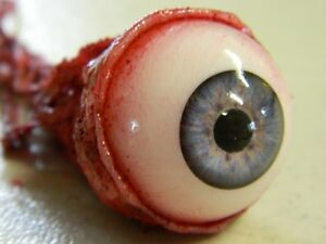 HALLOWEEN-HORROR-Movie-PROP-RIPPED-OUT-EYEBALL-Blue