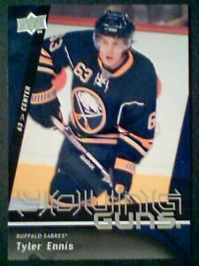 TYLER-ENNIS-09-10-AUTHENTIC-UDS2-YOUNG-GUNS-CARD-SP