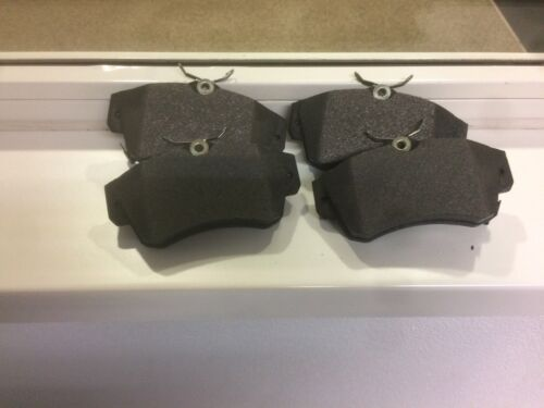 Plaquettes de freins avant PT CHRYSLER PT-CRUISER 05083853ab Originale Mopar