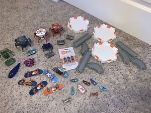 Huge-Lot-37-Piece-Hexbug-Battlebots-Robots-Nano-Track-Tony-Hawk-Circuit-Boards