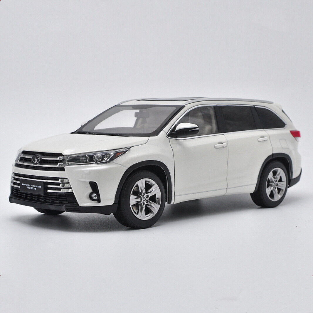 1 18 Scale Toyota Highlander 2018 bianca Diecast Car Model Toy Collection Gift