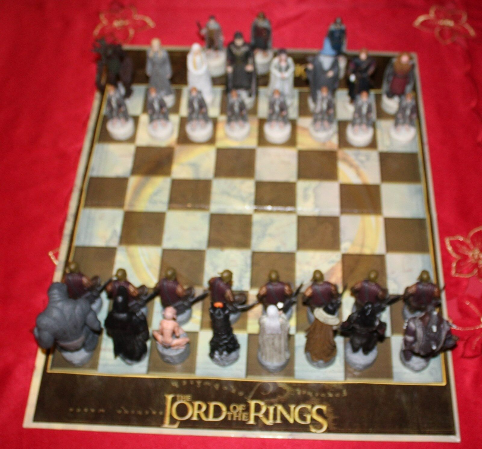 Lord of The Rings  Trilogy Edition Chess Chess Chess Set  (Limited Edition No. 6158) 54fe0c