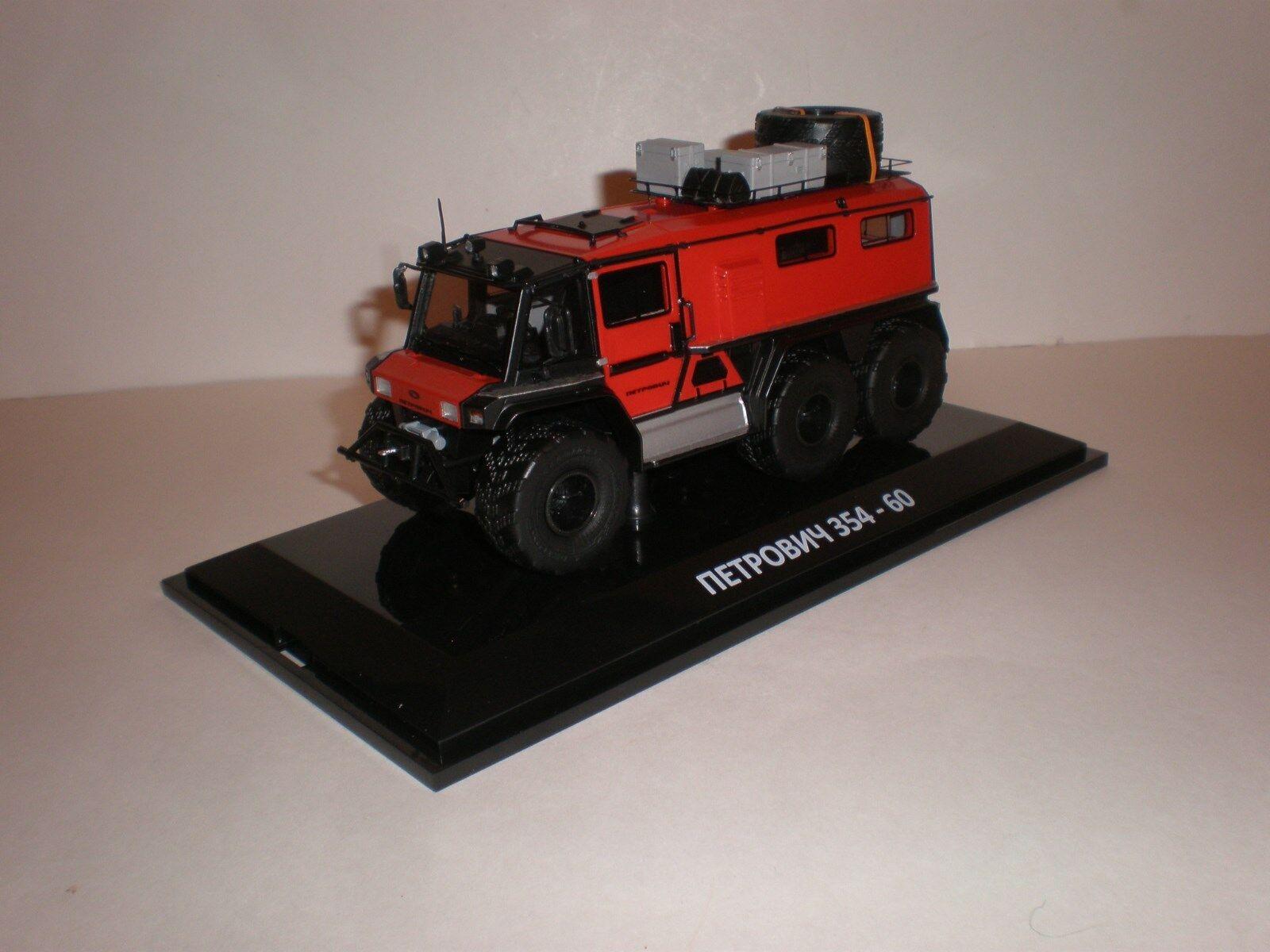 1 43 DIP Models  Petrovich 354-60 6x6 (2014) red