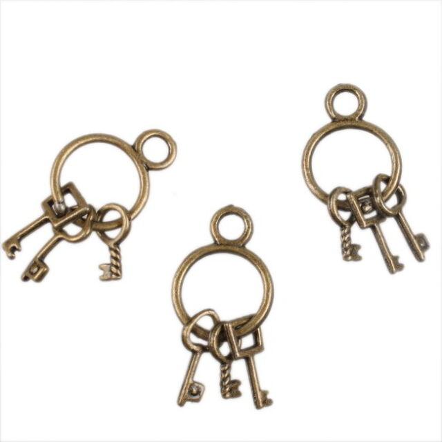 30x Cute Ancient Bronze 3 keys Charms Pendants 140452