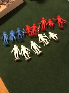 Vintage-Space-Men-Astronaut-Plastic-Figures-1960-039-s-MARX-MPC-13-Pieces