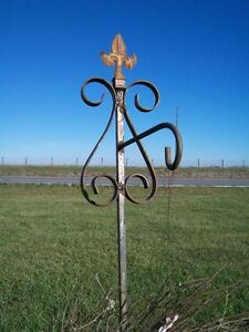 52 Wrought Iron Garden Stake For A Hanging Pot Holder Shepherd S