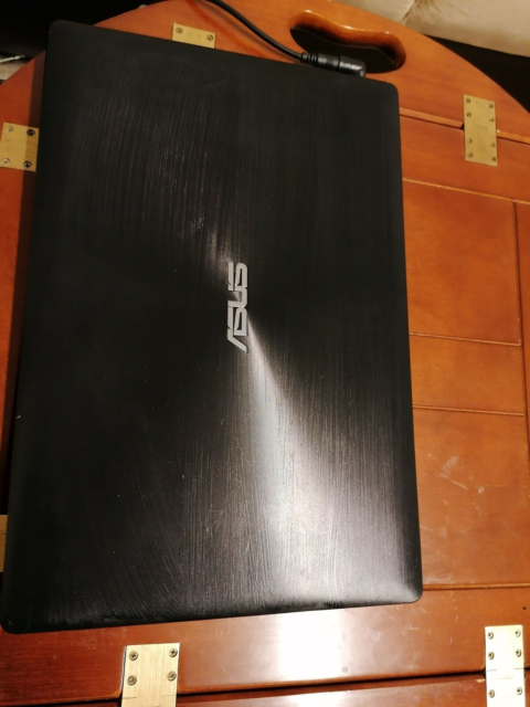 Asus, 8 GB ram, 1000 GB harddisk, God, Windows 10
