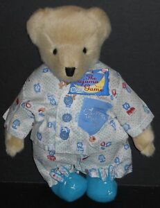 NEW! THE MUFFY VANDERBEAR COLLECTION FUZZY VANDERBEAR THE PAJAMA GAME DRESSED