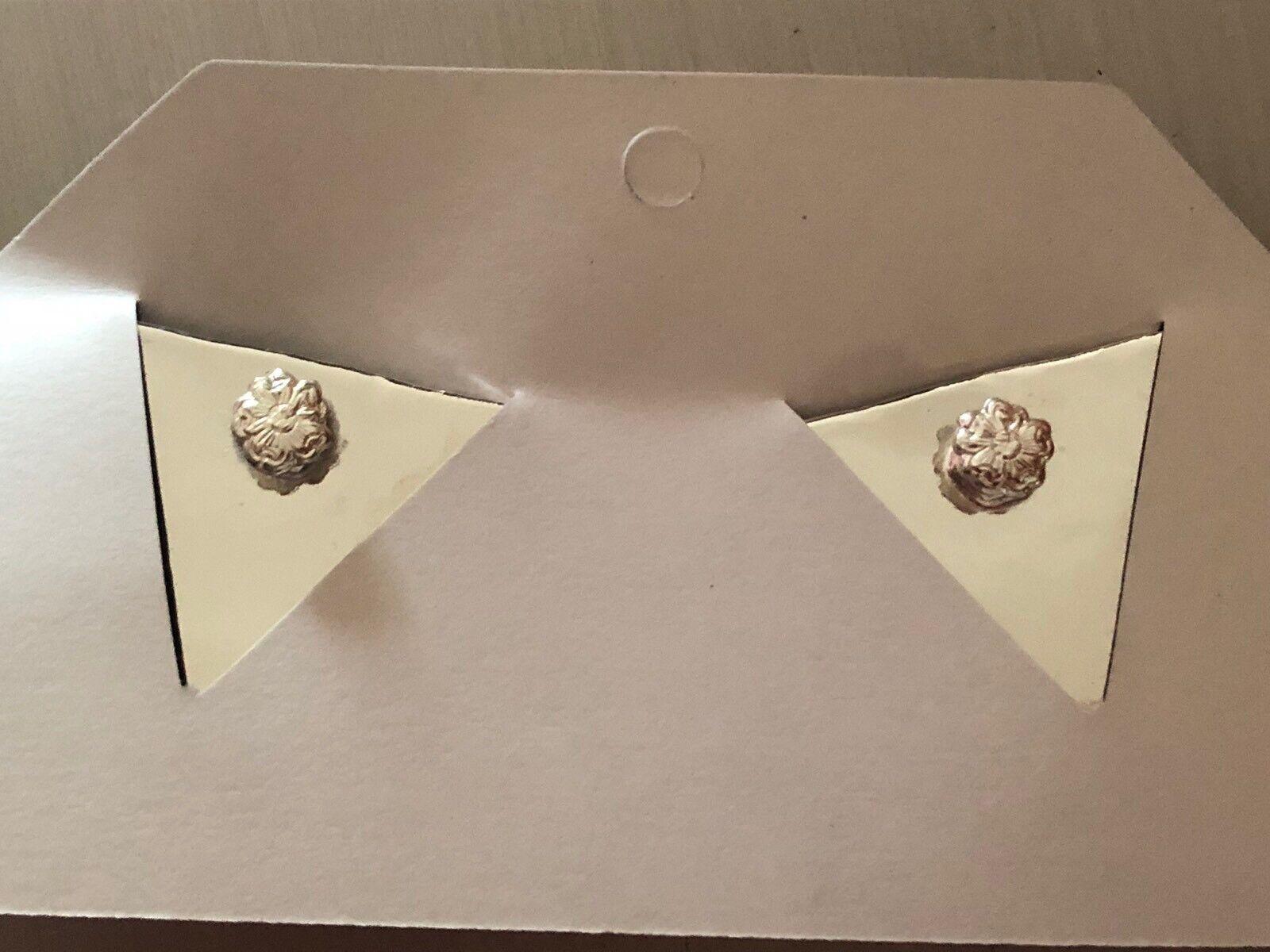 Neu Austin Accent Spitzen Silber mit Blauen Blauen Blauen Stein 3.2cm X 3.8cm cc542d