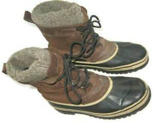M Brown Black Lined Lace Up Snow Shoes