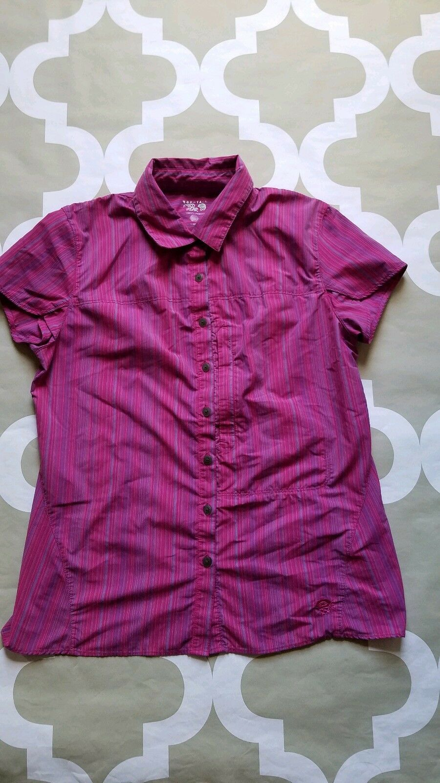 Mountain Hardware Women's button front shirt Size S
