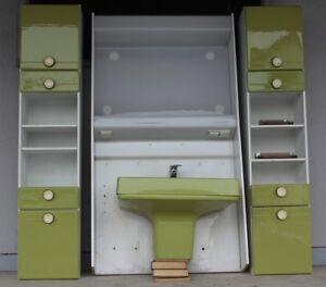 Badmöbel Waschbecken Badschrank Badezimmer Einrichtung grün 70er ...