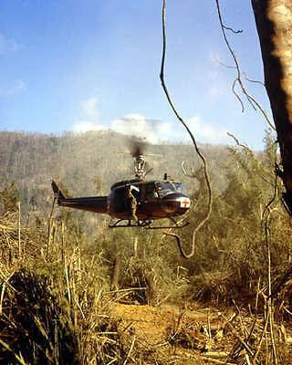 UH-1D MEDEVAC HELICOPTER 8X10 PHOTO VIETNAM WAR 1969