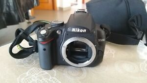Reflex-Nikon-D5000-body-only-corpo-macchina-accessori