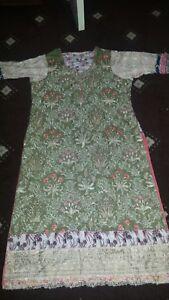 Large Safinaz Peice Easham Stiched Gul Sana Originalwint Meduim In Ahmed 3 Easha 6vq74wI