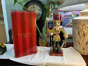Vintage-Bombay-MUSKETEER-Nutcracker-KNIGHTS-OF-THE-REALM-Christmas-15-034-RARE-Box