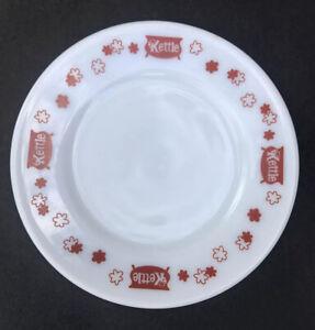 VTG Pyrex Kettle Restaurant Texas Salad Plate Dessert Red White Glass Dish Retro