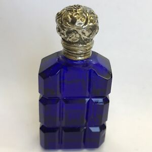 Fine-Antique-White-Metal-Bristol-Blue-Glass-Scent-Bottle-Circa-1900