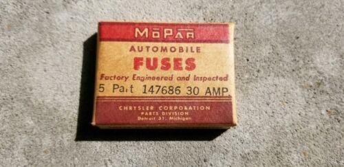 NOS Mopar 30 AMP  Fuses In Mopar Box 147686 Chrysler Corp.