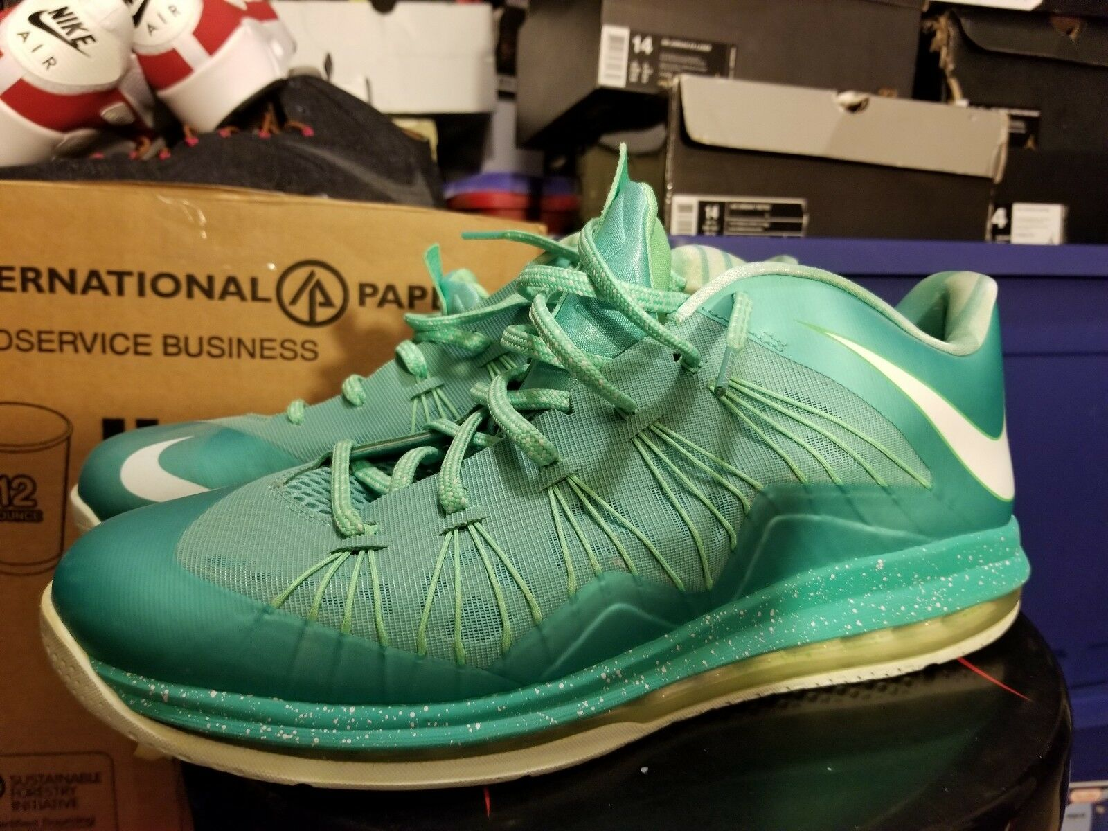 cheap for discount 69052 e952e Nike Air Max LeBron 10 X Low Easter Crystal Mint Mint Mint Green 579765-300