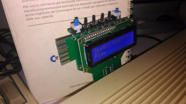 TAPUINO COMMODORE 64 128 VIC 20 DATASSETTE EMULATORE REGISTRATORE NO SD2IEC