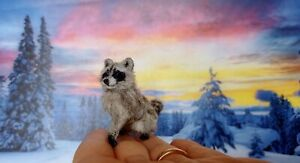 RACCOON-Dollhouse-realistic-OOAK-miniature-1-12-handsculpted-handmade