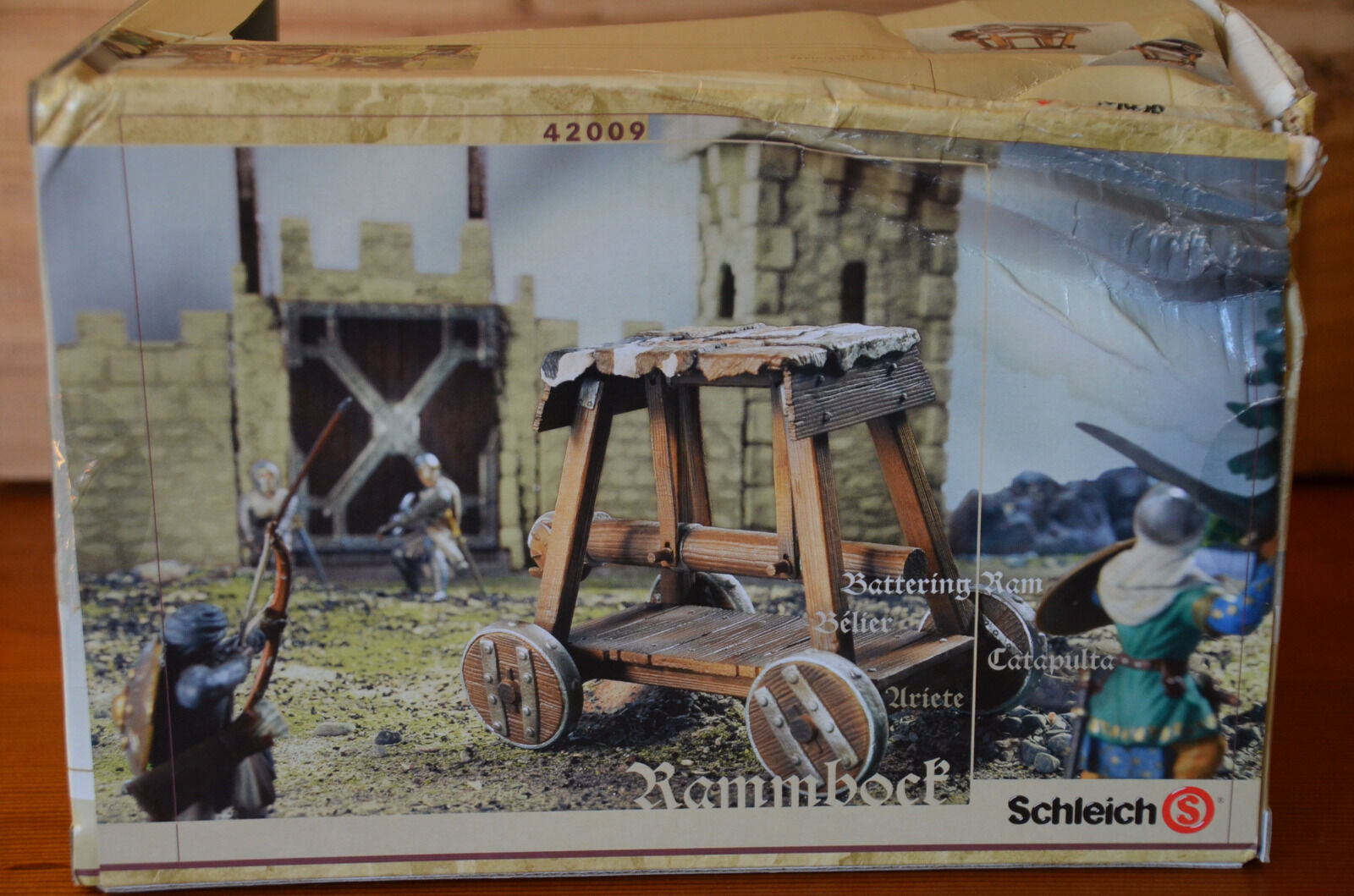 SCHLEICH 'Battering Ram' BOXED. BRAND NEW. World Of Knights.