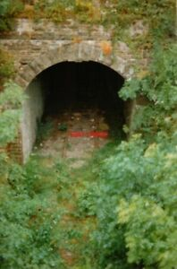 PHOTO-1993-TIDENHAM-TUNNEL-SOUTH-PORTAL-THIS-IS-THE-SOUTH-PORTAL-OF-TIDENHAM-TU