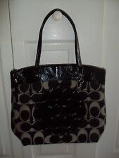 New Coach Laura Signature Tote/ Purse F18335 Black/White $298