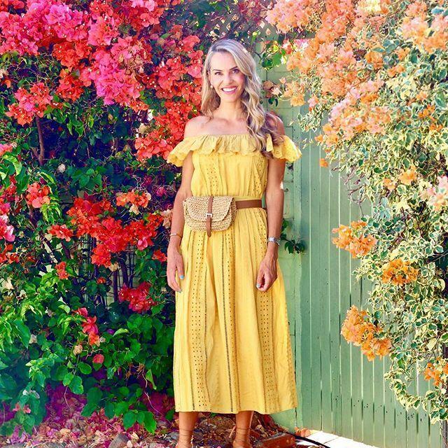Zara Mustard Off The Shoulder Dress Größe X SMALL BNWT