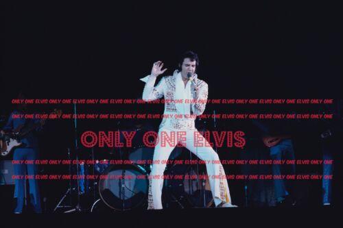 1973 ELVIS PRESLEY in CONCERT Photo NASSAU COLISEUM Uniondale NEW YORK