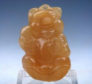 Antiques Genteel Gelbe Jade Handgeschnitzt Rich Schweinchen Halten Münzen Form Anhänger #08281502