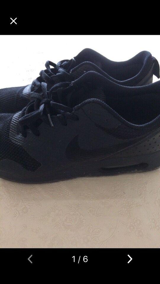 Fritidssko, Nike here sko, str. 42 – dba.dk – Køb og Salg af