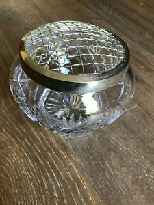 Cut-glass-rose-bowl-with-silver-plated-wire-frog