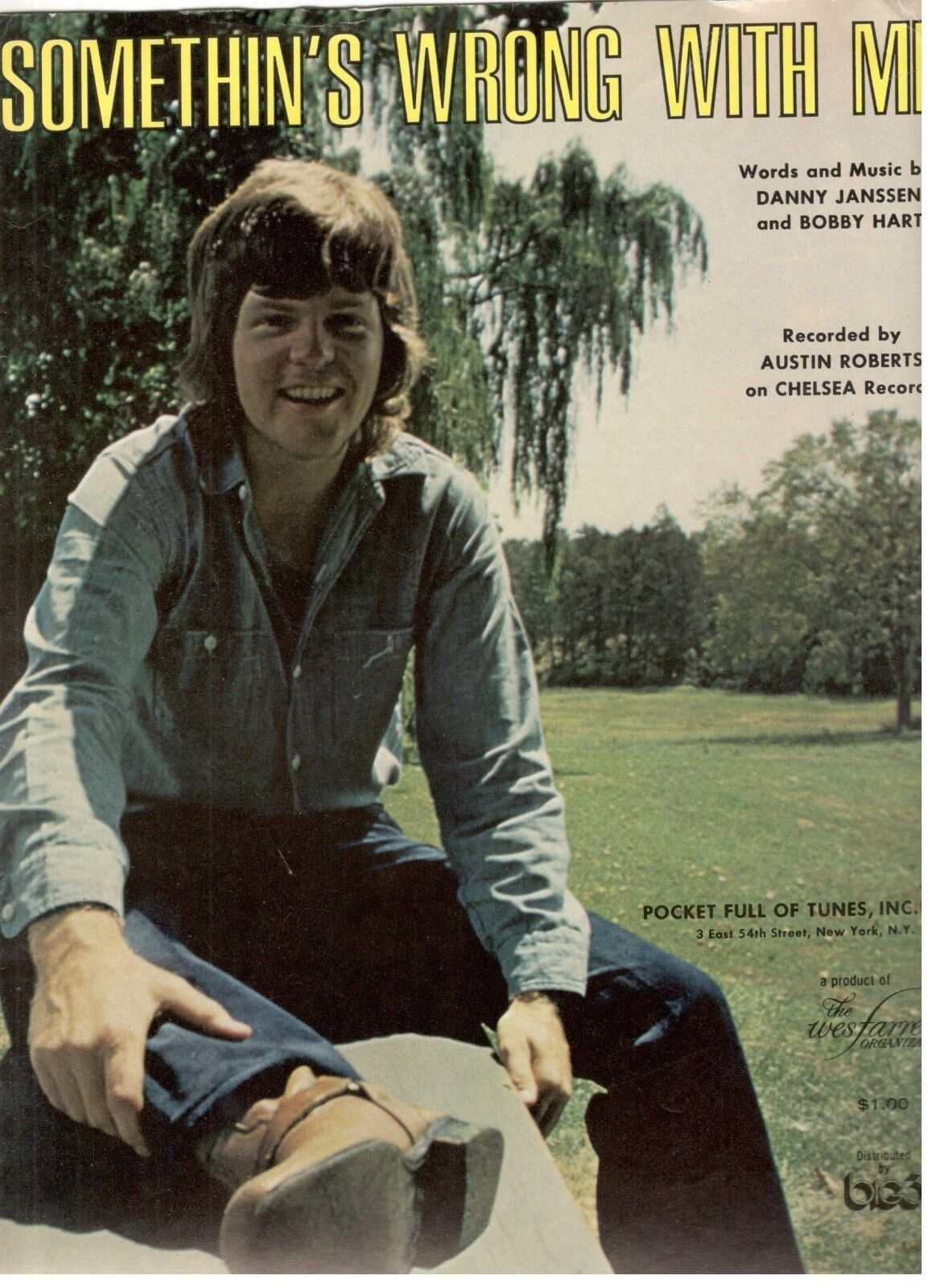 AUSTIN ROBERTS--SOMETHIN'S WRONG WITH ME SHEET MUSIC-PIANO VOCAL GUITAR-1972-NEW