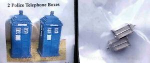 LANGLEY-MODELS-A17-N-SCALE-Police-Telephone-boxes-Dr-Who-x-2