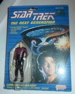 STAR-TREK-THE-NEXT-GENERATION-COMMANDER-WILLIAM-RIKER-ACTION-FIGURE