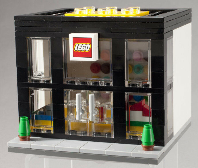 LEGO Store Grand Opening Limited Promo Set 3300003 -  Rare - NEW/Sealed