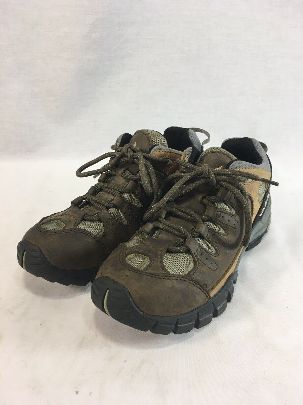 Vasque Hiking Boots Sneakers shoes  Womens 7.5 M Brown Leather Low Top Lace Up  online store