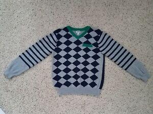 Details about Ruum American Eagle Kids Boys 10 Medium Grey V,Neck Sweater  Argyle Blue Green