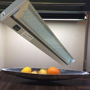 Lampes led pour dessous de meubles culot cuisine armoire spot sous ebay - Spot sous meuble cuisine ...