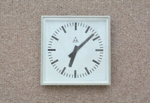 vintage-industrial-clock-wall-clock-old-train-bus-factory-clock-FREE-POSTAGE