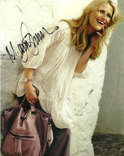 Sexy Mamie Gummer Autographed Signed 8x10 Photo COA