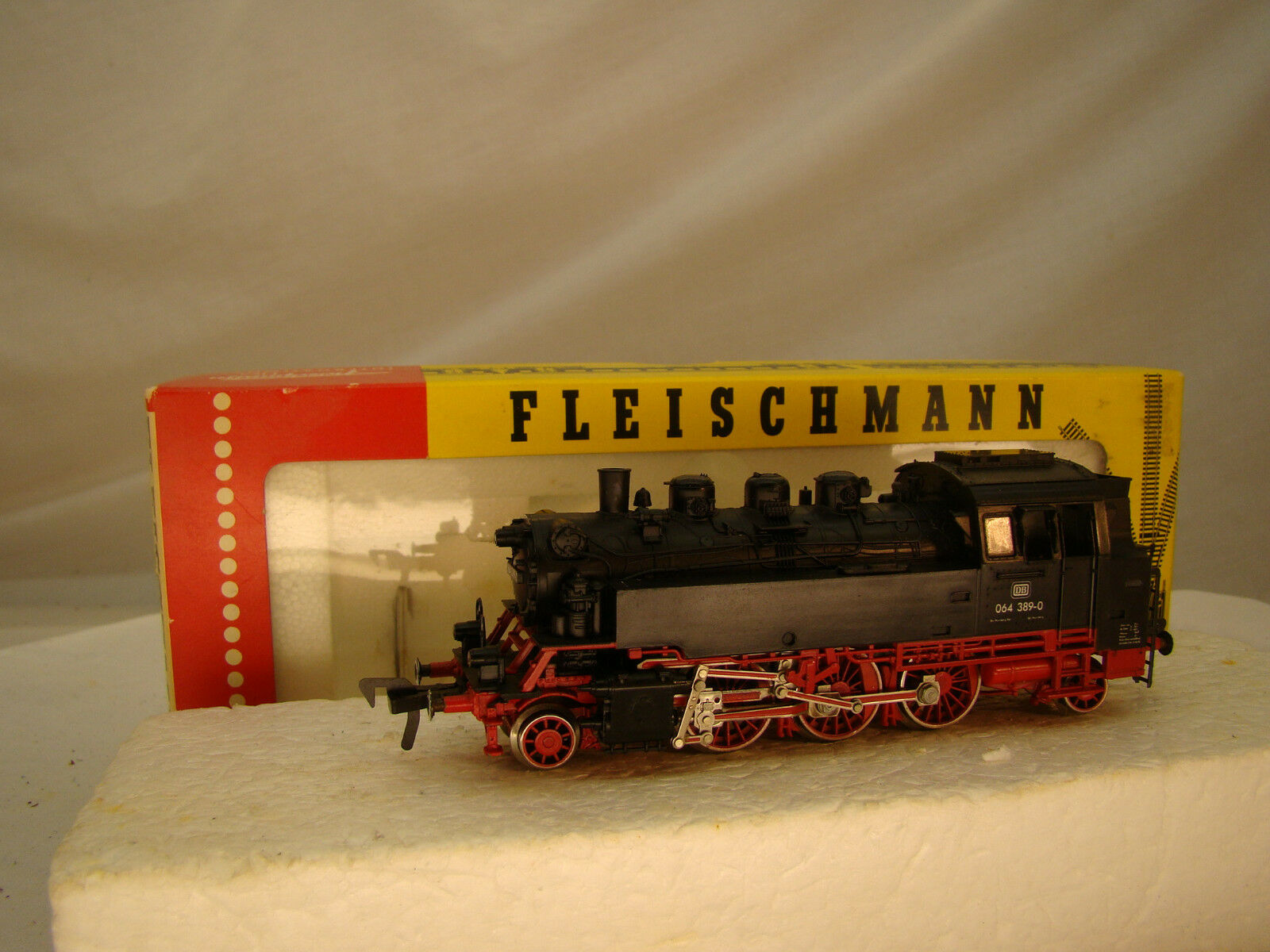 2-6-2 Fleischmann Steam Locomotive - smooth, powerful runner - serviced, tested