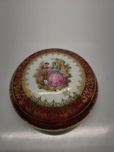 Vtg Limoges France Fragonard Courting Couple Porcelain Trinket Box Red & Gold