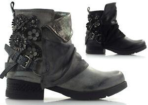 Damen-Stiefeletten-Boots-Biker-Booties-Winterschuhe-Schuhe-Bluemchen-Schnalle