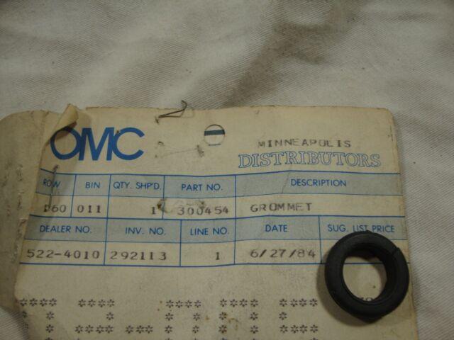 Johnson Evinrude OMC 300454 0300454 Grommet NOS