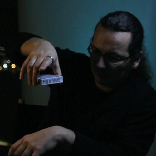 Edge by Mathieu Bich & Theory11 - Street Magic - Games of Magic
