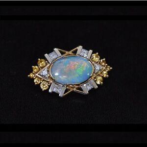 Brand-New-18ct-yellow-amp-white-gold-opal-diamonds-sapphires-pearls-brooch-choker