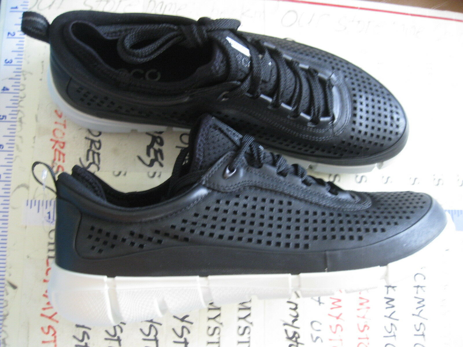 32d91330 Men's 235124 ECCO Intrinsic Black Leather Walking Fashion SNEAKERS Sz. 45